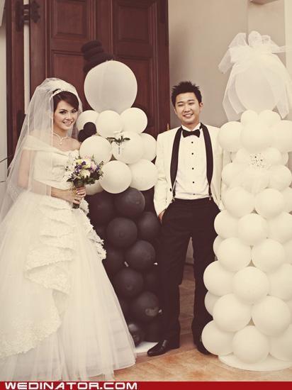 Balloons,bride,doppelgangers,funny wedding photos,groom