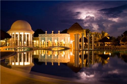 caribbean,clouds,cuba,getaways,hotel,moon,night,night photography,pool,water