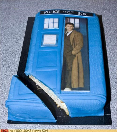 best of the week,cake,doctor who,fondant,phone booth,tardis