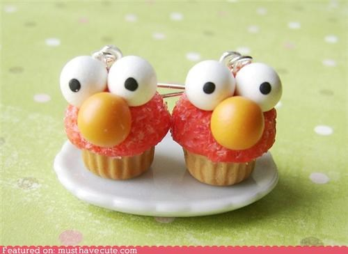 Elmo Cupcake Earrings