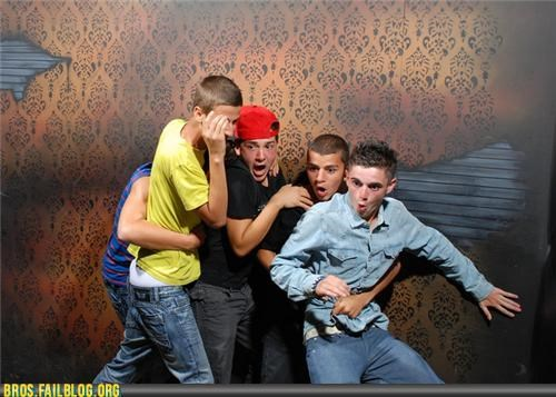 bro,bros,Hall of Fame,halloween,haunted house,Photo,photography,scared,timing