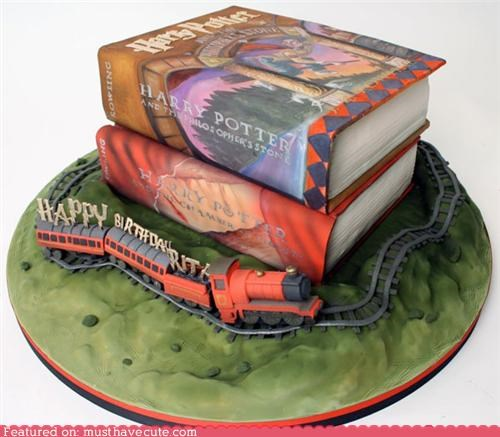 birthday,books,cake,epicute,Harry Potter,hogwart express,train