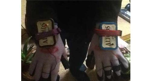 DIY Tazer Gloves of the Day