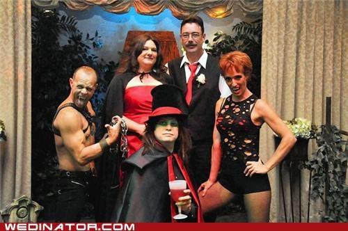 bride,dracula,funny wedding photos,groom,halloween,las vegas,vampires