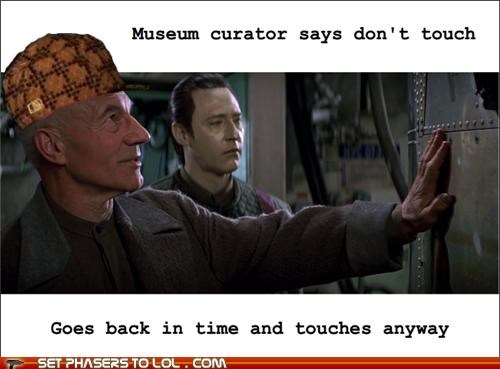 brent spiner,Captain Picard,data,museum,patrick stewart,Star Trek,time travel,touch