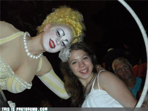 Cirque du Soleil,creepy,elderbomb,enjoy,not having fun,show
