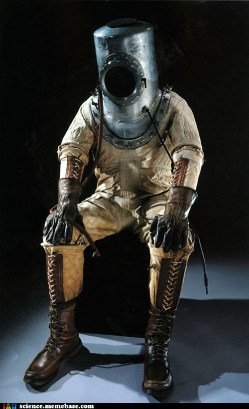 Vintage Tech: Space Suit