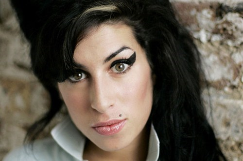 New Amy Winehouse Single of the Day