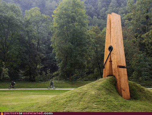 Memorial to the Inventor of the Clothespin