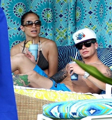 Hawaiian Vacation of the Day