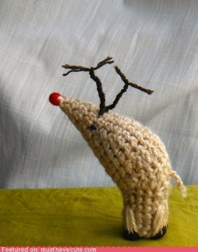 How to Crochet a Wee Rudolph