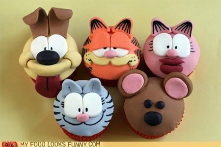 characters,cupcakes,fondant,garfield,Nermal,odie,pooky