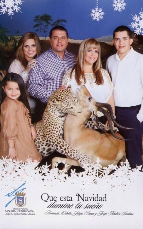 christmas,christmas card,Chuck Testa,family portrait,g rated,nope chuck testa,sketchy santas,taxidermy