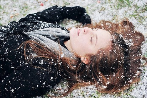 getaways,laying down,person,relaxation,snow,snowing,unknown location