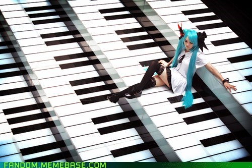 cosplay,Hatsune Miku,piano,vocaloid