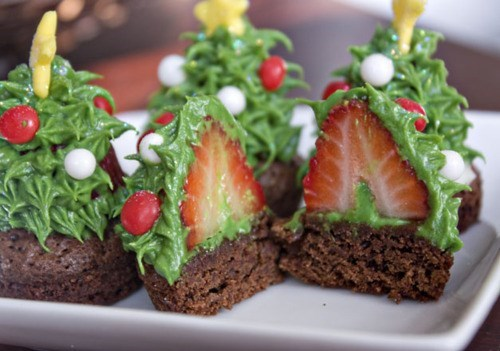 brownie,candy,christmas,frosting,strawberry,tree