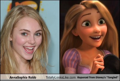 """AnnaSophia Robb Totally Looks Like Rapunzel from Disney's """"Tangled"""""""