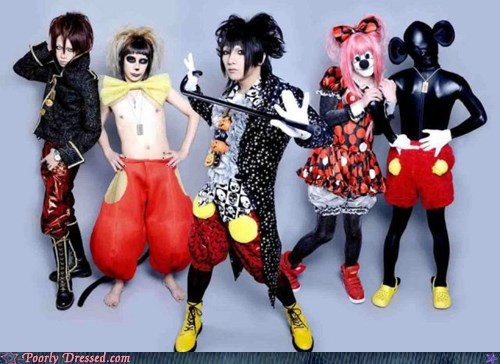 Hey look Mickey Mouse is a gimp now...