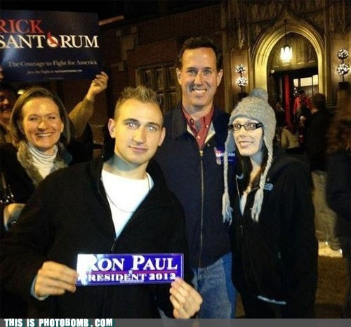 This Is Photobomb: After Googling Santorum, Who Wouldn't Support Paul?