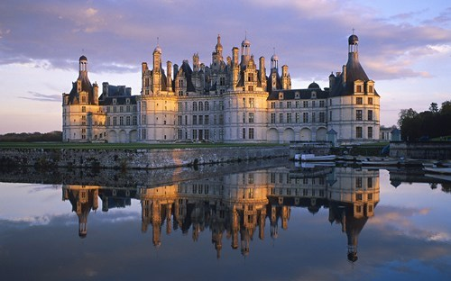 architecture,chateau de chambord,france,getaways,reflection,wallpaper,wallpaper of the day,water