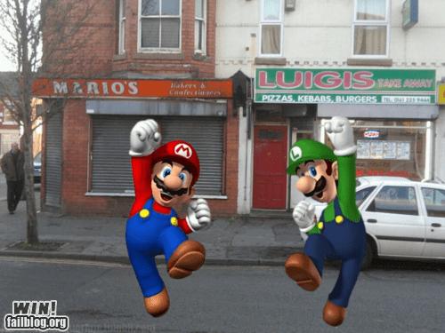 business,luigi,mario,nerdgasm,nintendo,pizza,restaurant,Super Mario bros,video games