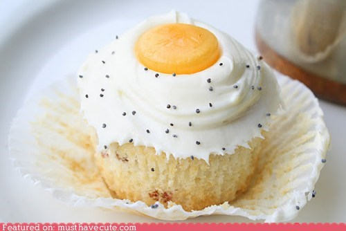 bacon,butterscotch,cupcake,egg,epicute,frosting,pepper,poppyseeds