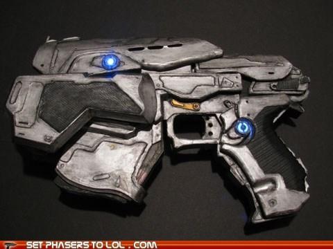 art,Gears of War,model,papercraft,pistol,snub,video games