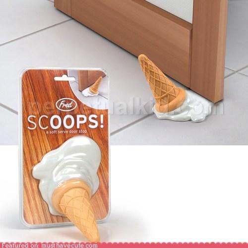 accident,doorpstop,ice cream,rubber,Sad,spill