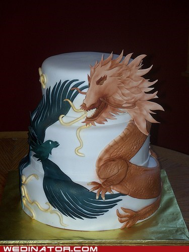 dragon,funny wedding photos,wedding cake