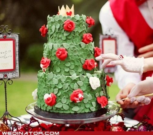 alice in wonderland,cakes,funny wedding photos,wedding cake