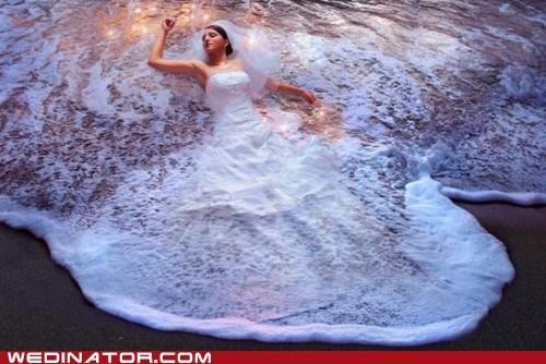 beach,bride,funny wedding photos,wedding gown