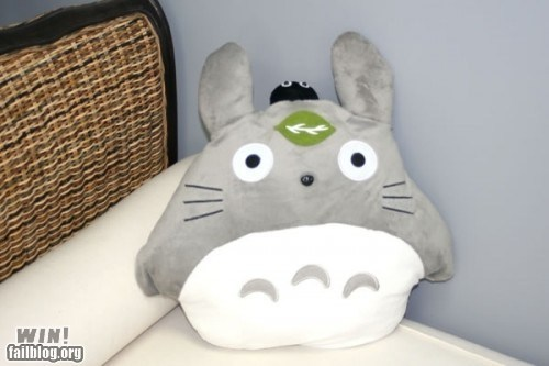 Totoro Pillow WIN