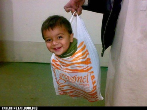 delivery,gourmet,kid in a bag,toddler,toddler to go