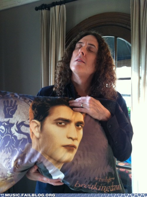 edward cullen,Pillow,twilight,weird al