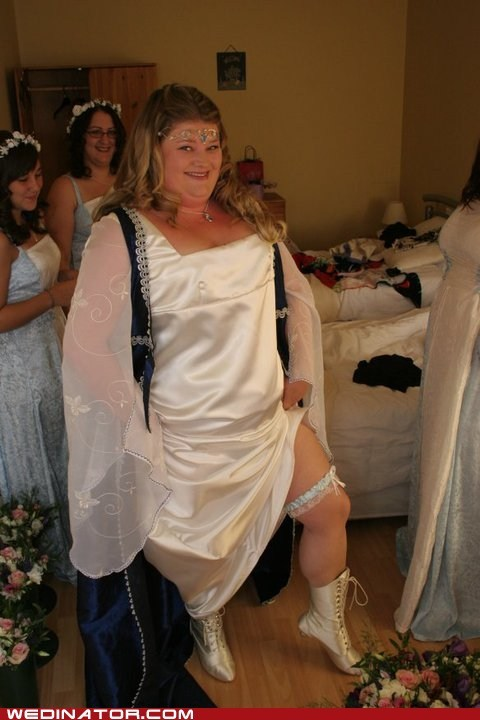 bride,funny wedding photos,medieval,stocking