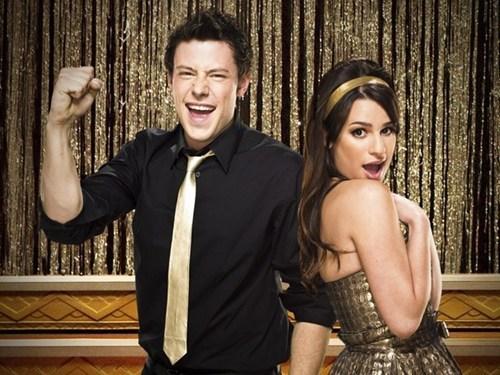 Glee Stars In Love of the Day