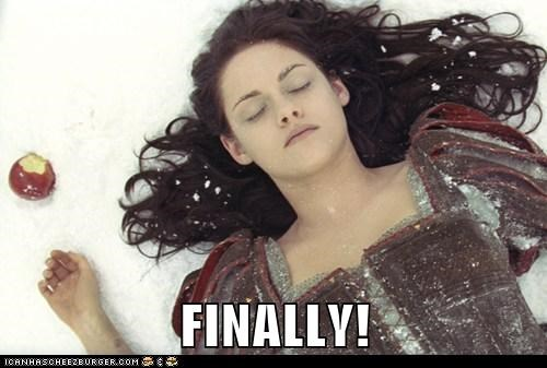 apple,dead,finally,kristen stewart,snow white,snow white and the huntsman