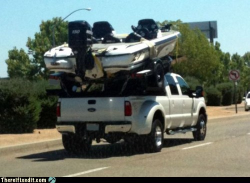 hitch,motorboat,trailer hitch,truck