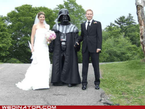 bride,couple,darth vader,funny wedding photos,groom,star wars