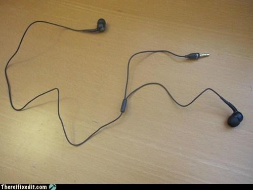 earbuds,earphones,headphones