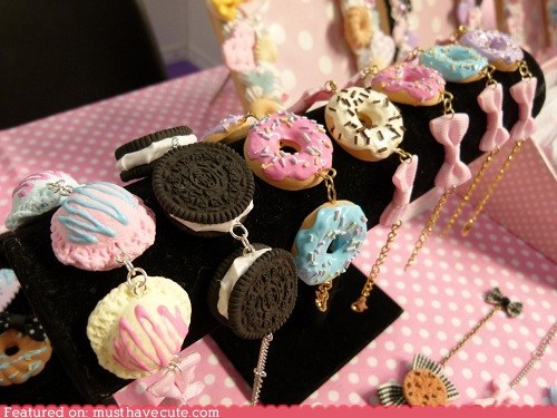 bows,bracelets,cookies,Jewelry,pastels,realistic,sweets