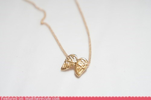 angel,gold,necklace,tiny,wings