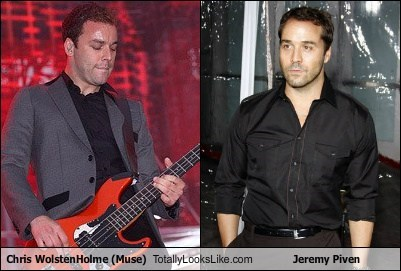 Chris Wolstenholme (Muse) Totally Looks Like Jeremy Piven