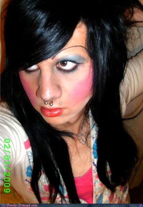 make up,oh your face,yikes