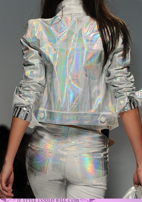 blumarine,cool accessories,hologram,runway
