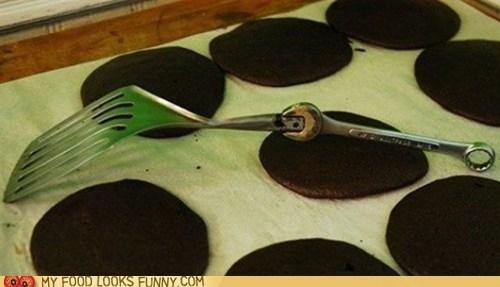 broken,handmade,janky,pancakes,spatula,wrench