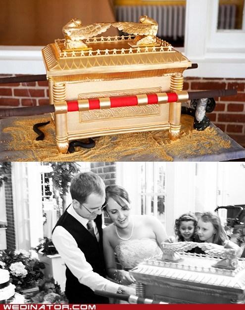 cakes,funny wedding photos,Indiana Jones