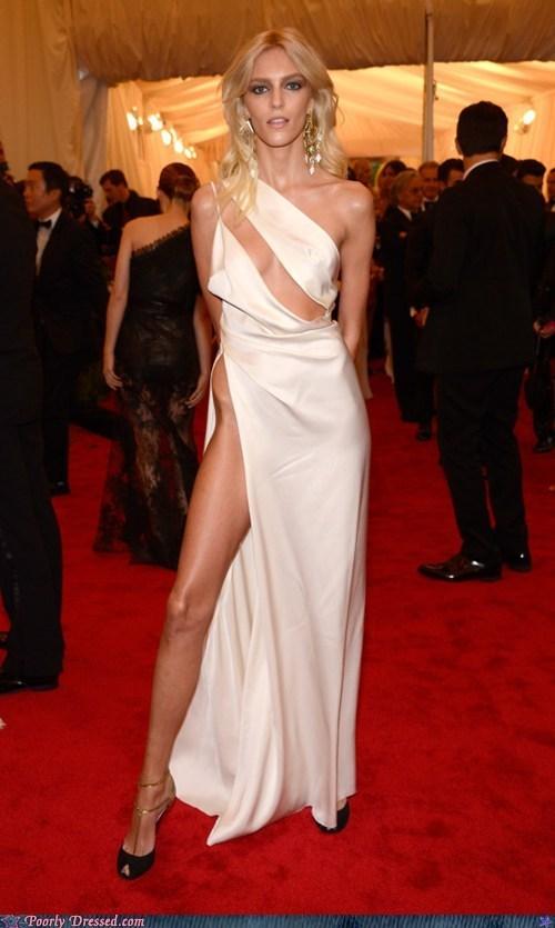 dress,fashion,gross,Hall of Fame,hip,lady bits,model