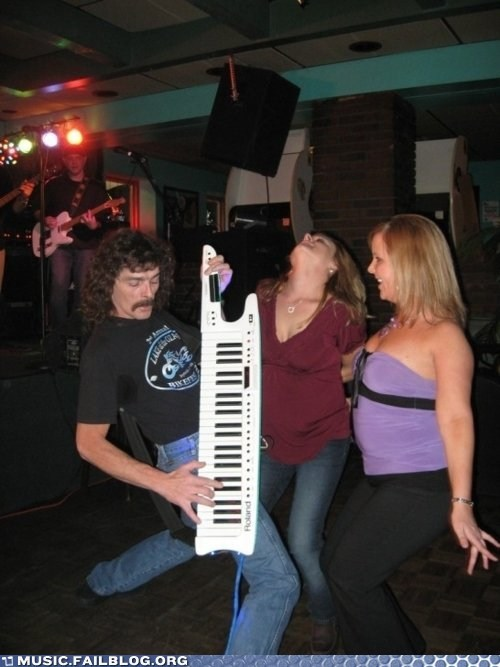 Music FAILS: Keytar Sex God