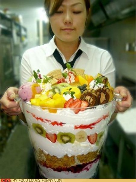 cream,fruit,huge,parfait,salad